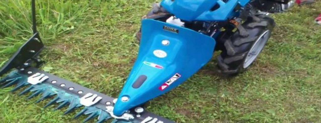 Motocultor cu lama frontala